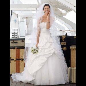 David's Bridal Ivory Strapless Wedding Gown, 12